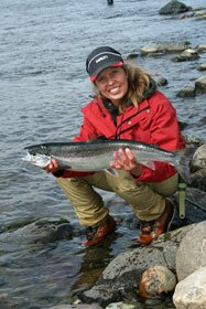 finnish lady with Tana river salmon